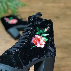 Report Clarissa Velvet Floral Embroidered Booties